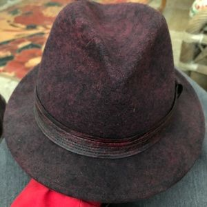 Brand new women's makins winter hat